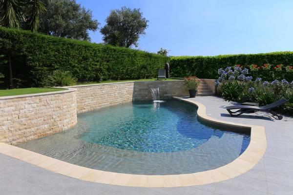 Construction de piscines devis piscine gratuit et rapide - Construction piscine reglementation ...